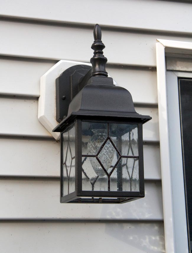 Outdoor Bronze Light Fixtures